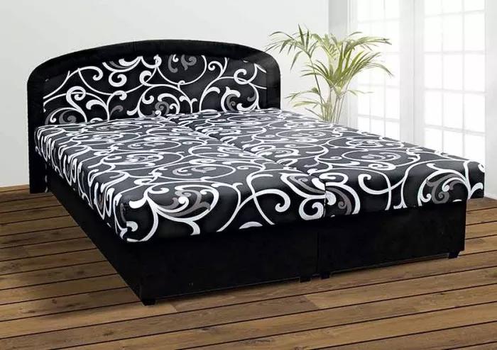 Součástí ceočalouněné postele Zofie jsou matrace