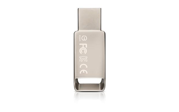 ADATA UV130 32GB, kovová