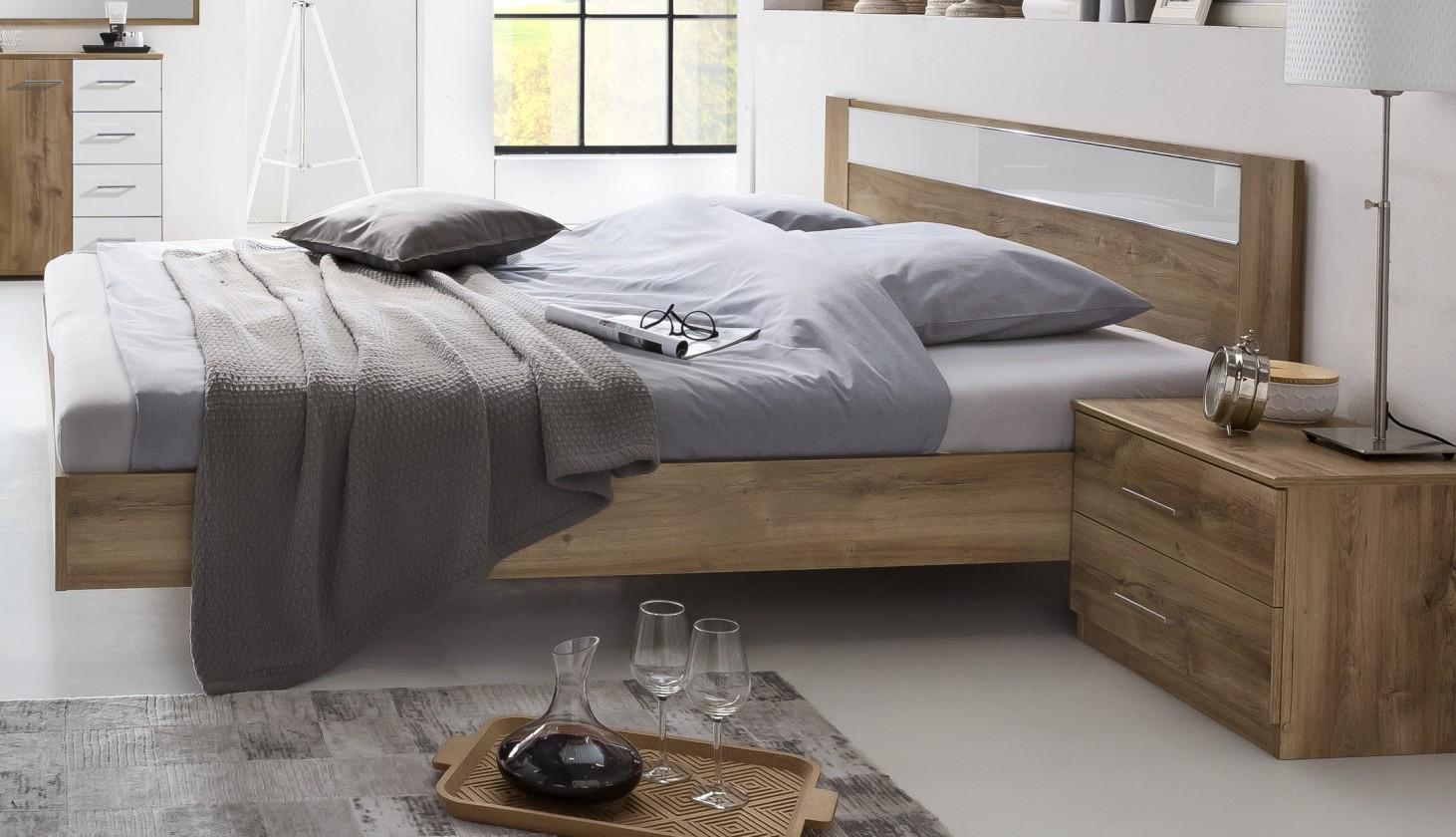 Dřevěná Dřevěná postel Pamela 140x200 cm, dub