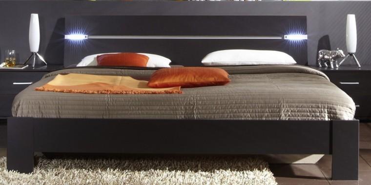Dřevěná Madrid - Postel 160 cm (lava černá)