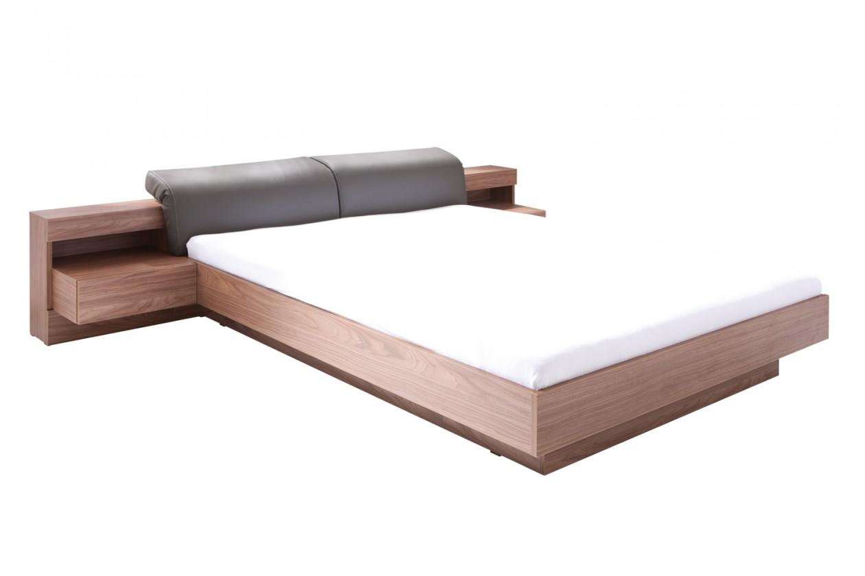 Dřevěná Rám postele Renato 180x200, 2 noční stolky, bez roštu a matrace
