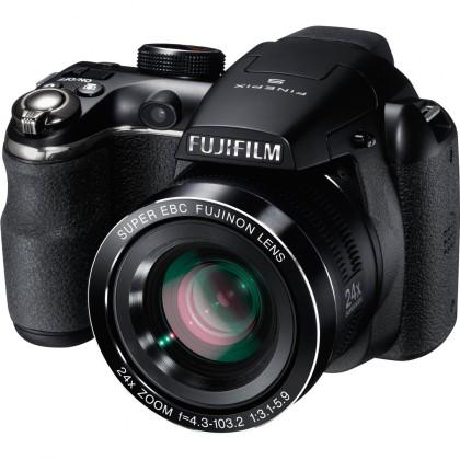 Fujifilm FinePix S4200 black