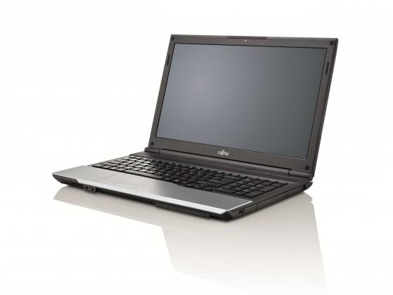 Fujitsu Lifebook A532 černá-stříbrná (VFY:A5320MPAE1CZ)