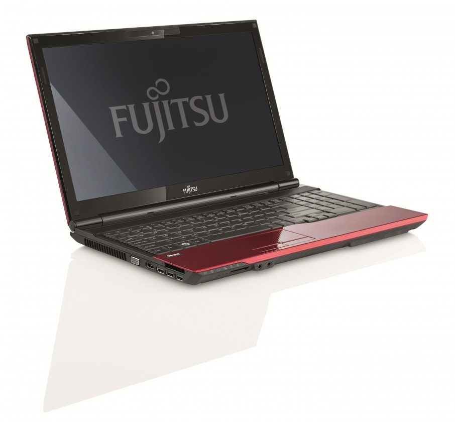 Fujitsu Lifebook AH532 (VFY:AH532MPAA2CZ)