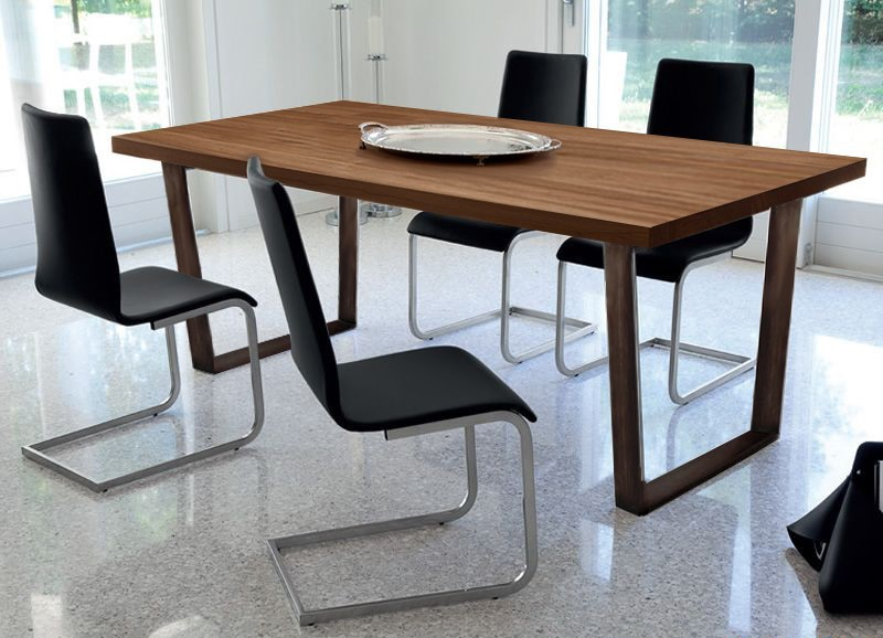 Jídelní stůl Cruise - 240 cm (kostra corten/deska ořech)