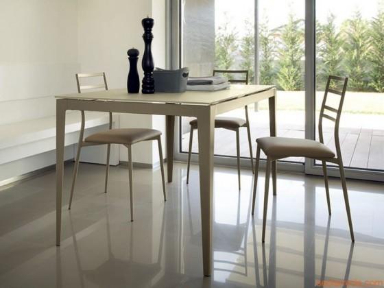 Jídelní stůl Wind - 130 cm (kostra taupe/deska leptáné sklo šedé)