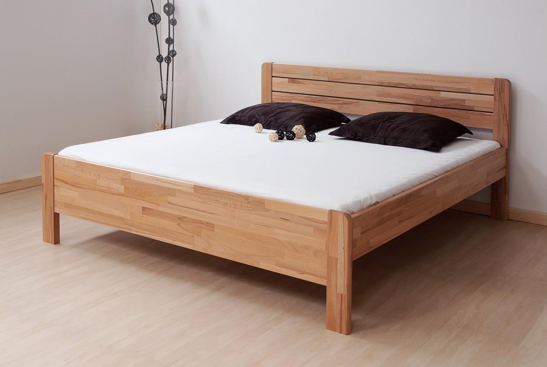 Masivní Sofia - postel 200x180 + rošt