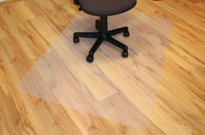 NÁBYTEK Podložka pod židli 140x100 (mléčná)