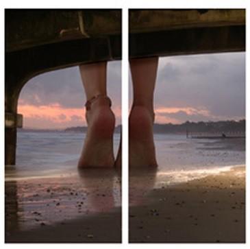 Sada obrazů, 2ks (nohy na pláži)