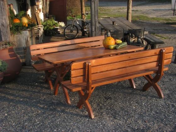 Strong masiv - Lavice (dřevo)
