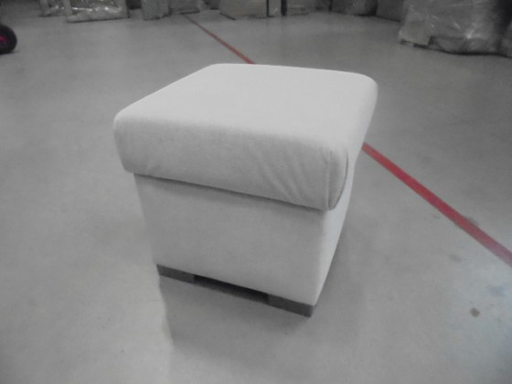 Zlevněné sedací soupravy Helga - Taburet s úložným prostorem - II. jakost